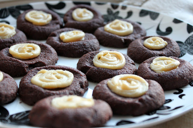 Chocolate Thumbprint Cookies with Vanilla Honey Cream Cheese Frosting ...