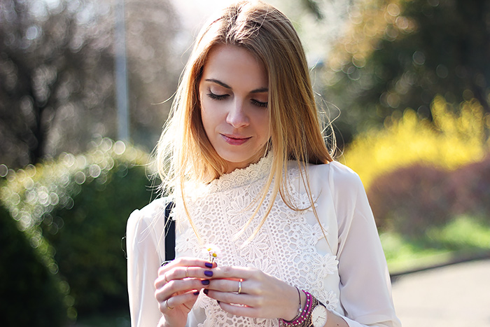 romantic white lace shirt, sprint look