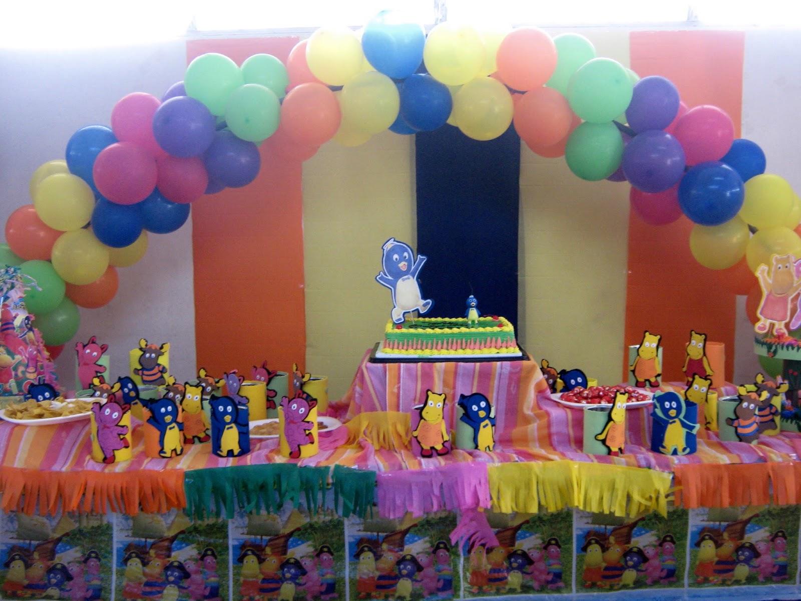 Decoraci n de fiestas infantiles decoraci n con globos for Decoracion globos valencia