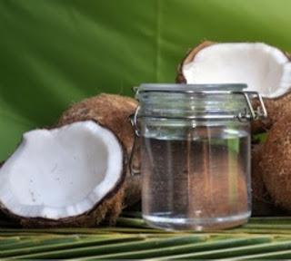 Khasiat Dan Manfaat Minyak Kelapa Murni Atau Virgin Coconut Oil (VCO)