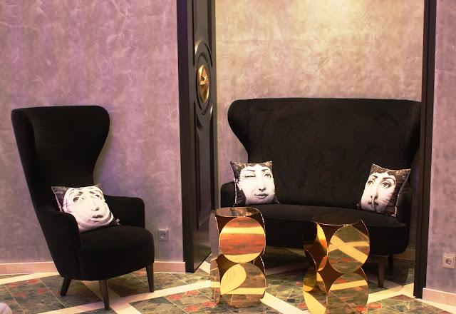 Spritzige Ideen, wie diese Sitzecke, überraschen im Interieur © Copyright Monika Fuchs, TravelWorldOnline