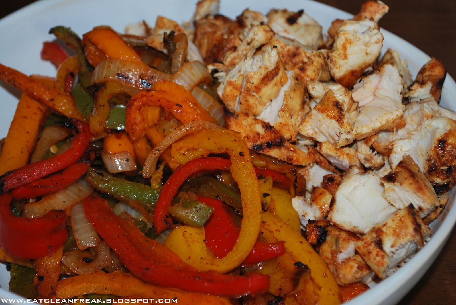 CLEAN FREAK: Grilled Chicken Fajitas
