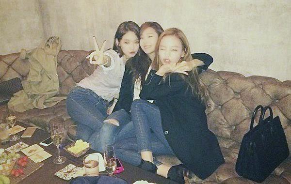 Jessica, Goo Hara y Kang Minkyung son criticadas por foto