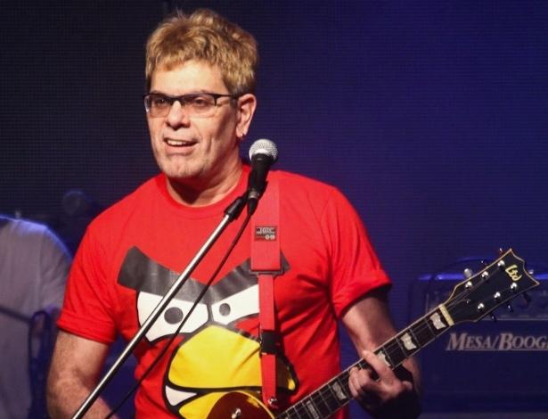 Roger Do Ultraje A Rigor Se Apresenta Em Festa Da Band 26712