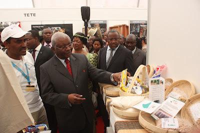 Guebuza na Facim 2012