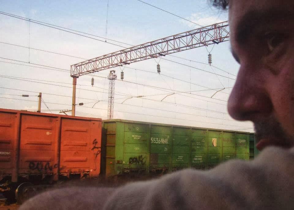 imagen de un tren entre Moldavia y Ucrania (preferimos volver en tren...)