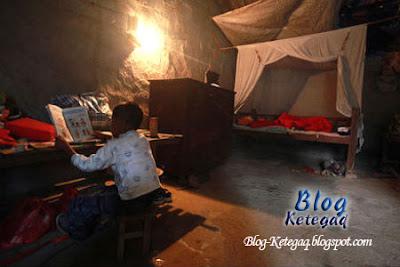 Kisah sedih kanak-kanak HIV yang terpaksa tinggal sendirian