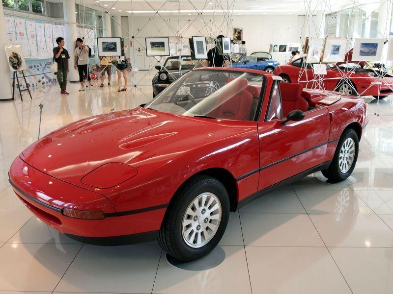 koncept Mazda MX-5 NA