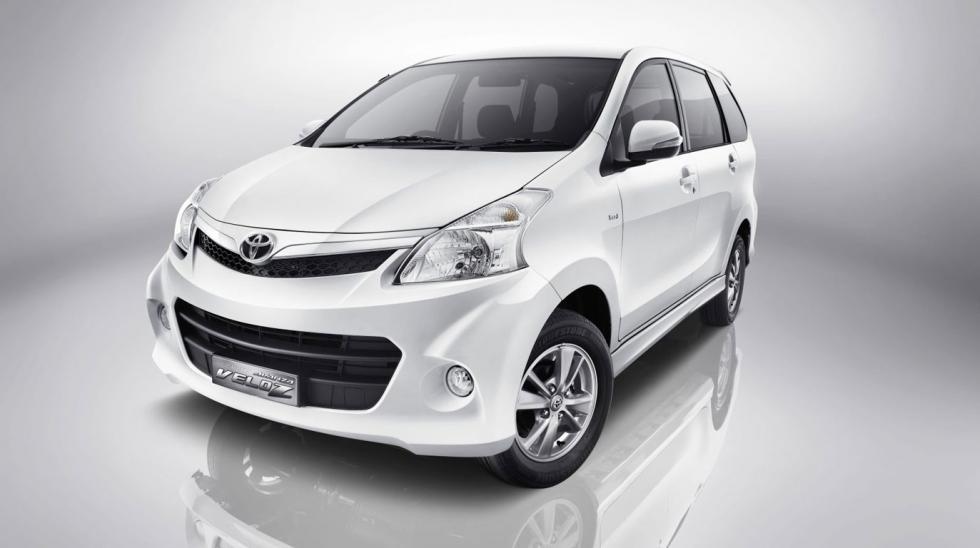 Eksterior dan Interior Toyota Avanza Veloz 1.5 A/T