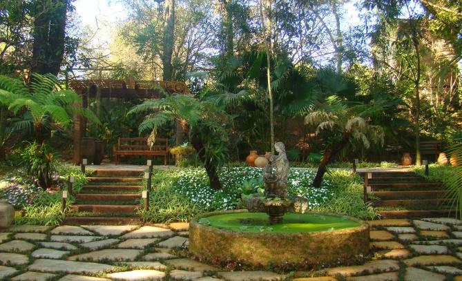 Jardim de Stefania  Pavimentação rústica para jardim