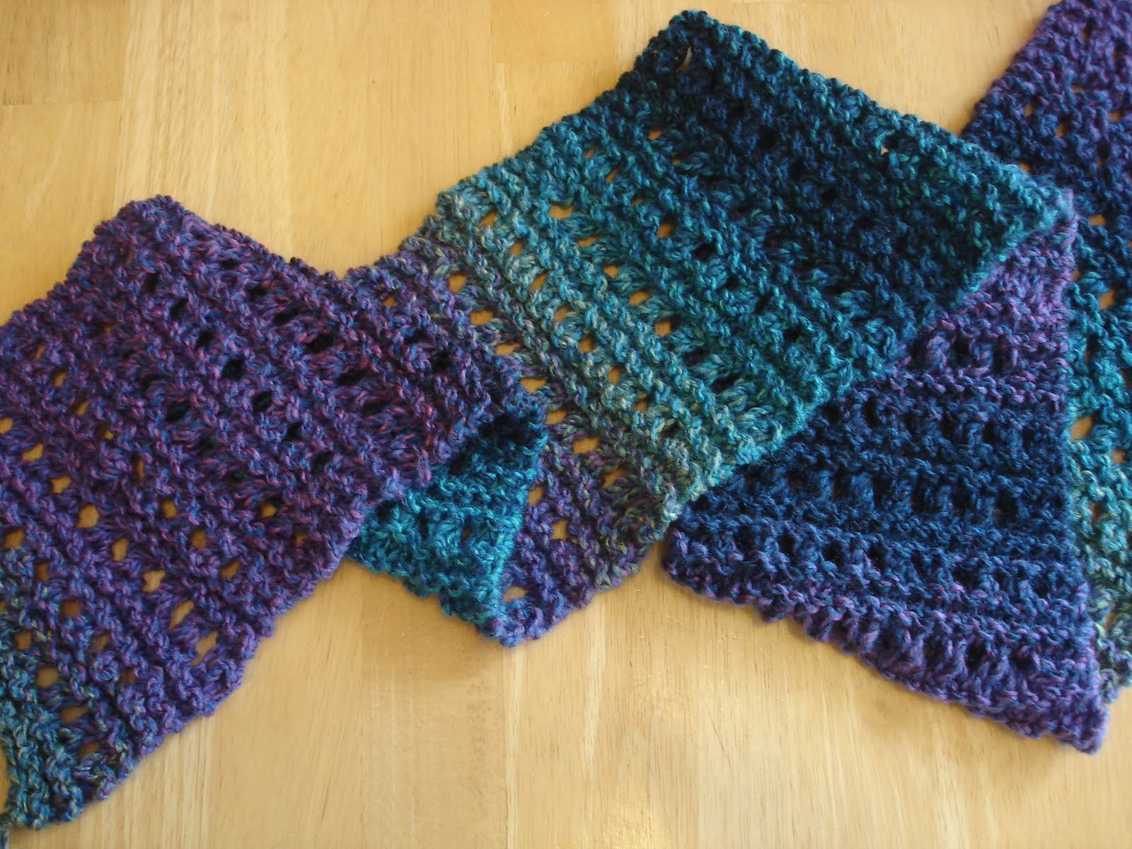 Free Patterns For Knitted Scarves : Fiber Flux: Free Knitting Patterns