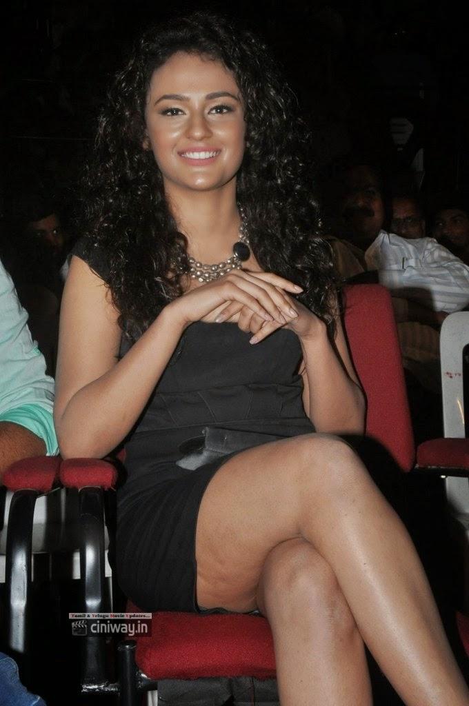 Actress-Seerath-Kapoor-Stills-at-Run-Raja-Run-Movie-Audio-Launch