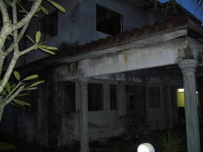 INFO: 6 Tanda-Tanda Rumah Berhantu - Que Achmad Dot Com