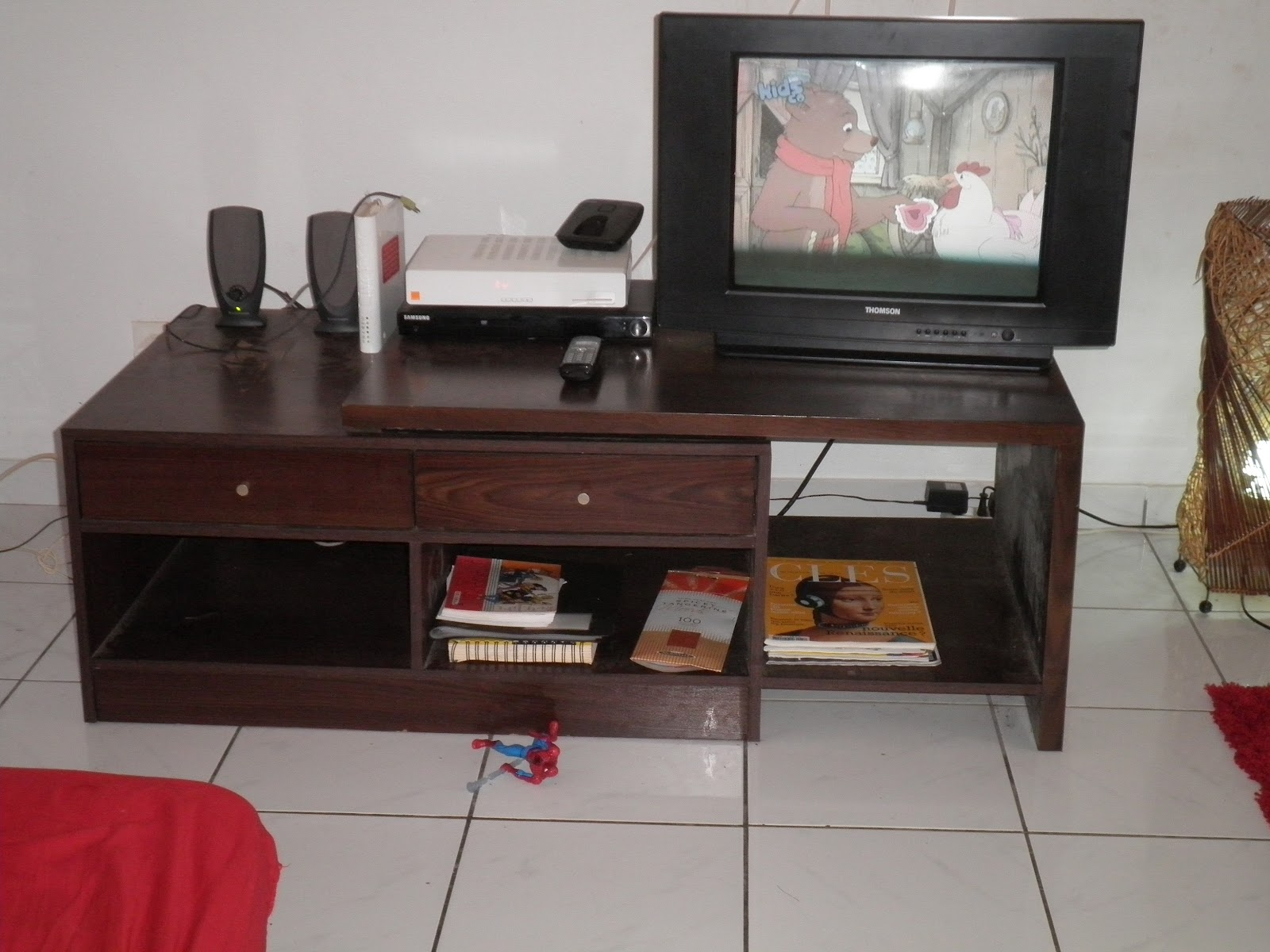 Occaz d 39 enfer for Meuble tv 30 euros