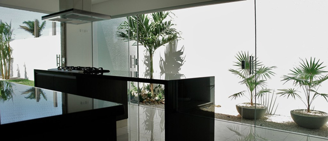 Casa moderna en santa cruz minimalistas 2015 for Casa moderna 9 mirote y blancana