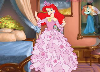 Juego de vestir a la sirenita Ariel con vestidos de princesa