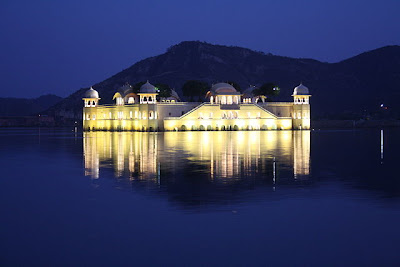 picture-of-jal-mahal, jaipur-photo, travel-attraction-jaipur