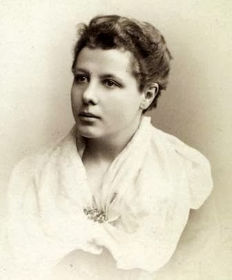 annie besant and bal gangadhar tilak In this lesson, important points like the beginning of home rule league, the role of annie besant and bal gangadhar tilak are discussed, among others.