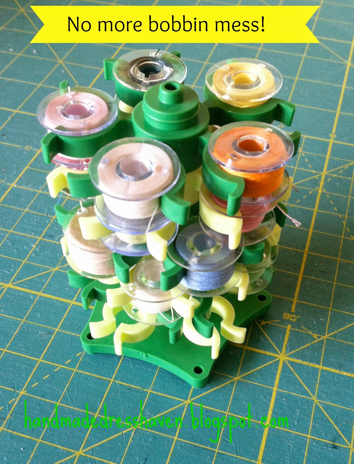 how to keep bobbins neat
