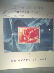 CARTEL ON EVERY STREET TOUR FIRMADO