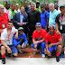 Gilberto Santa Rosa saluda a peloteros cubanos