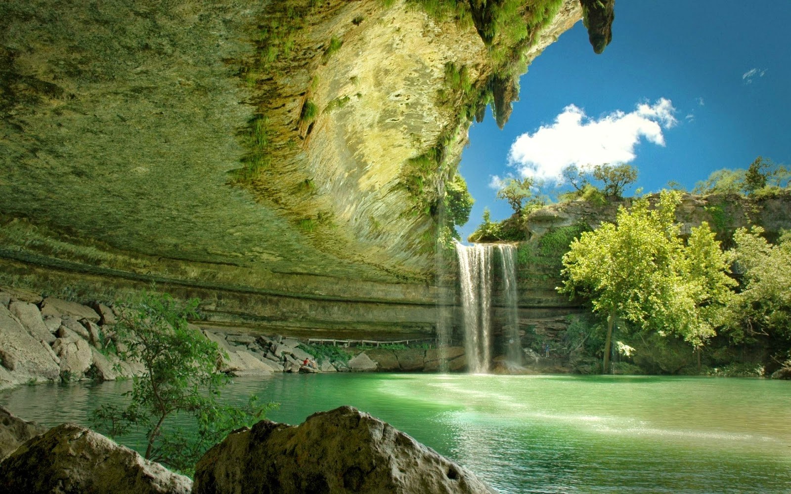 essay on natural beauty of pakistan