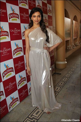 The Beautiful Babes Of B-town In Gowns ~ Hot Girl Pictures