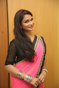 Sonali sizzling photos in saree-thumbnail-7