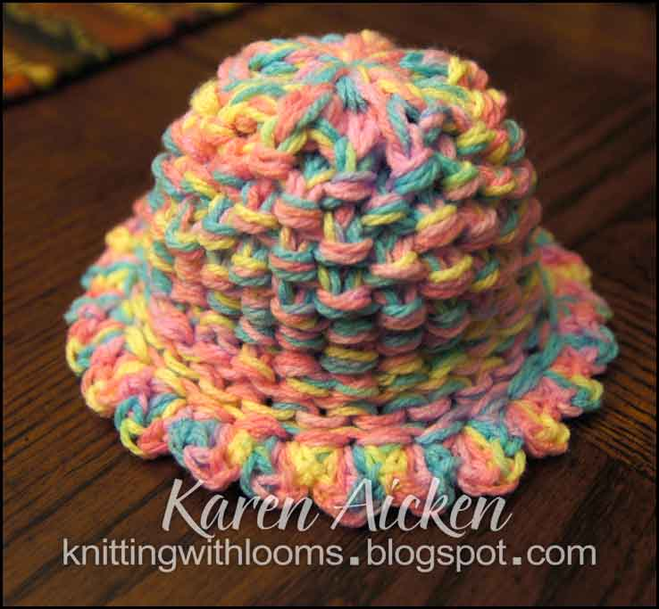 Loom Knitting Patterns For Babies : Knitting With Looms: Baby Girl Hat