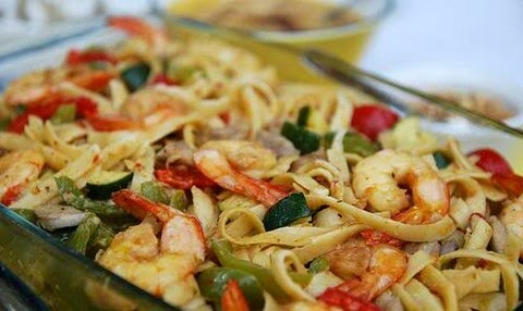 pasta with chicken and prawns
