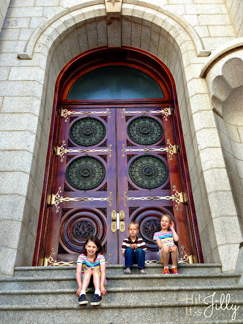 On the steps of the SLC Temple | Hi! It's Jilly