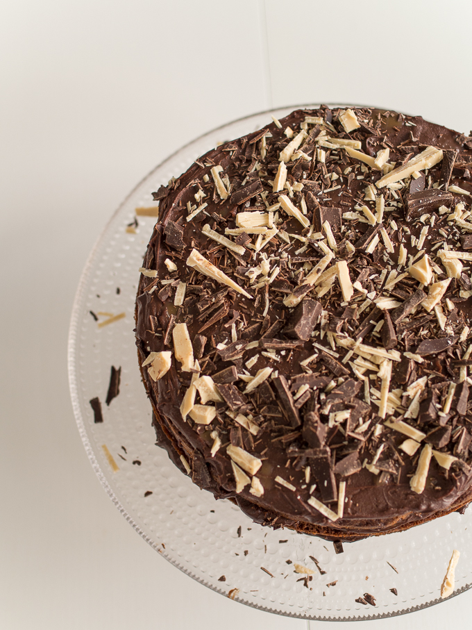 suklaakakku naked cake