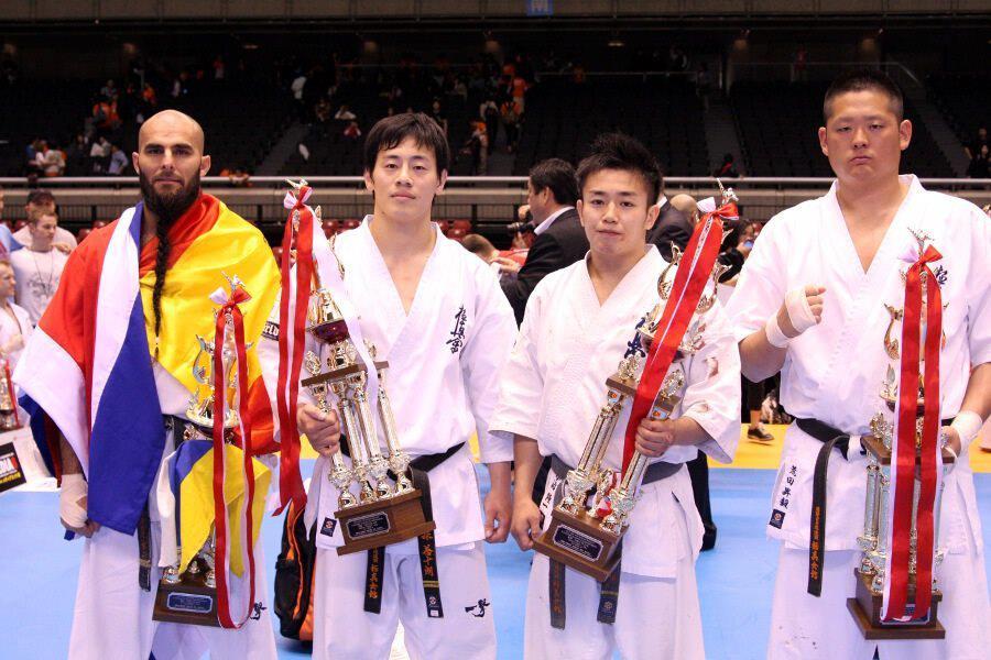 campeonato mundial de karate en japon: