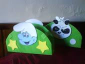 servilleteros de kung fu panda y pitufos. $35