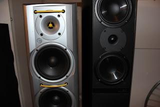 Jamo högtalare till salu, fint skick 2 st par säljes