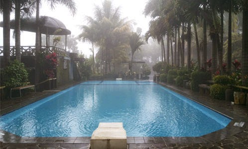 Swimming Pool Villa Jatimas Hijau