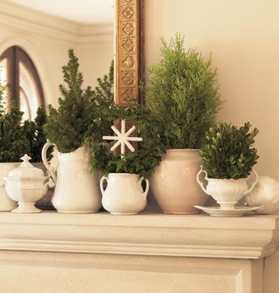 refresheddesigns easy holiday mantel ideas
