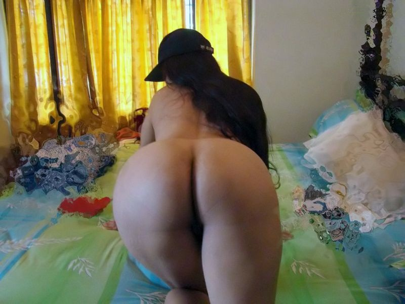 Tamil Naked Aunty Amazing Photo