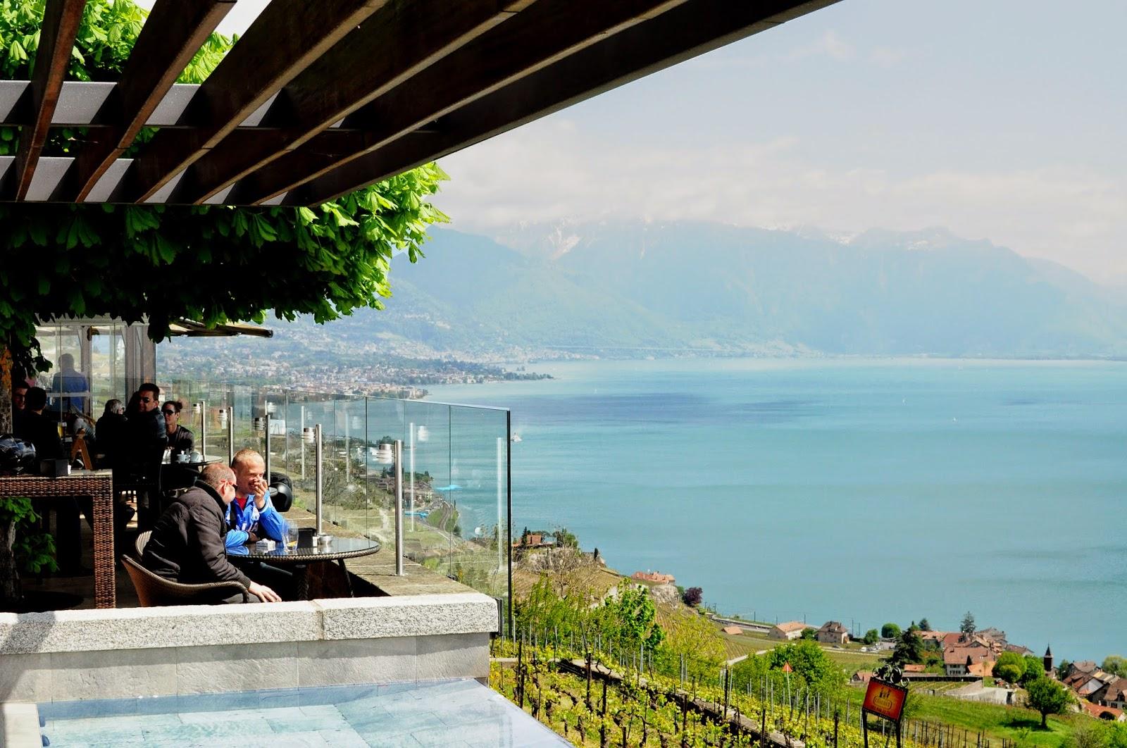 deck hotel terrasse lavaux