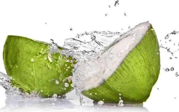Manfaat Air Kelapa bagi pria