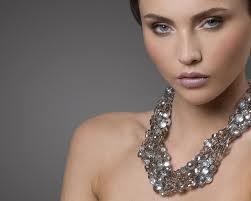 Originální Swarovski šperky rozzáří každou ženu
