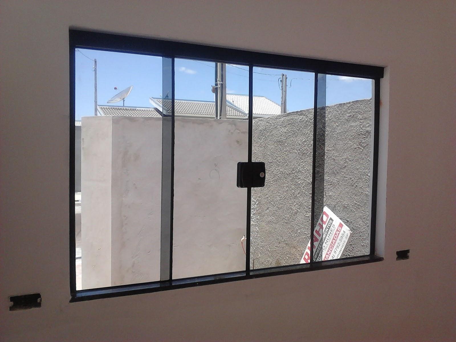 #1E5EAD Janela 04 folhas em vidro fumê (vista interna e externa) instalada  1772 Janela De Aluminio Para Banheiro Preço