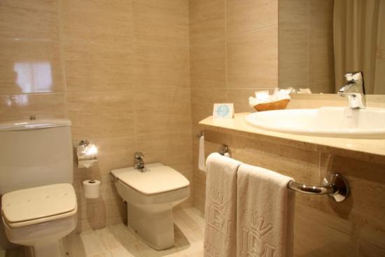 Quieres saber c mo mantener el ambiente perfumado del - Fotos cuartos de bano ...