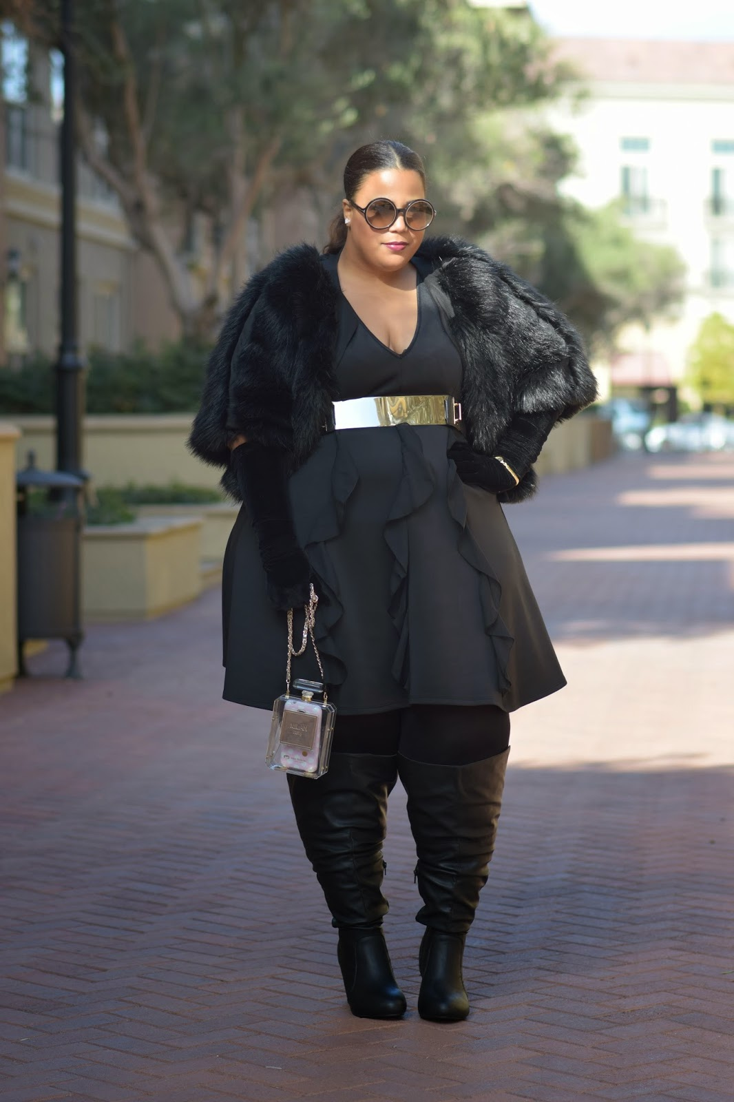 GarnerStyle | The Curvy Girl Guide: Big Knees Please