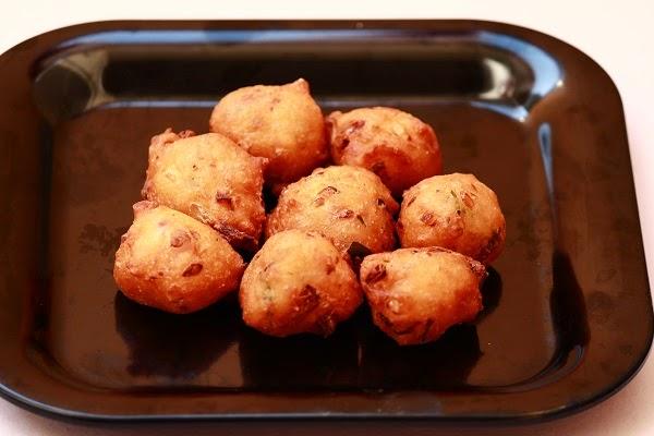 goli-baje-indian-snack