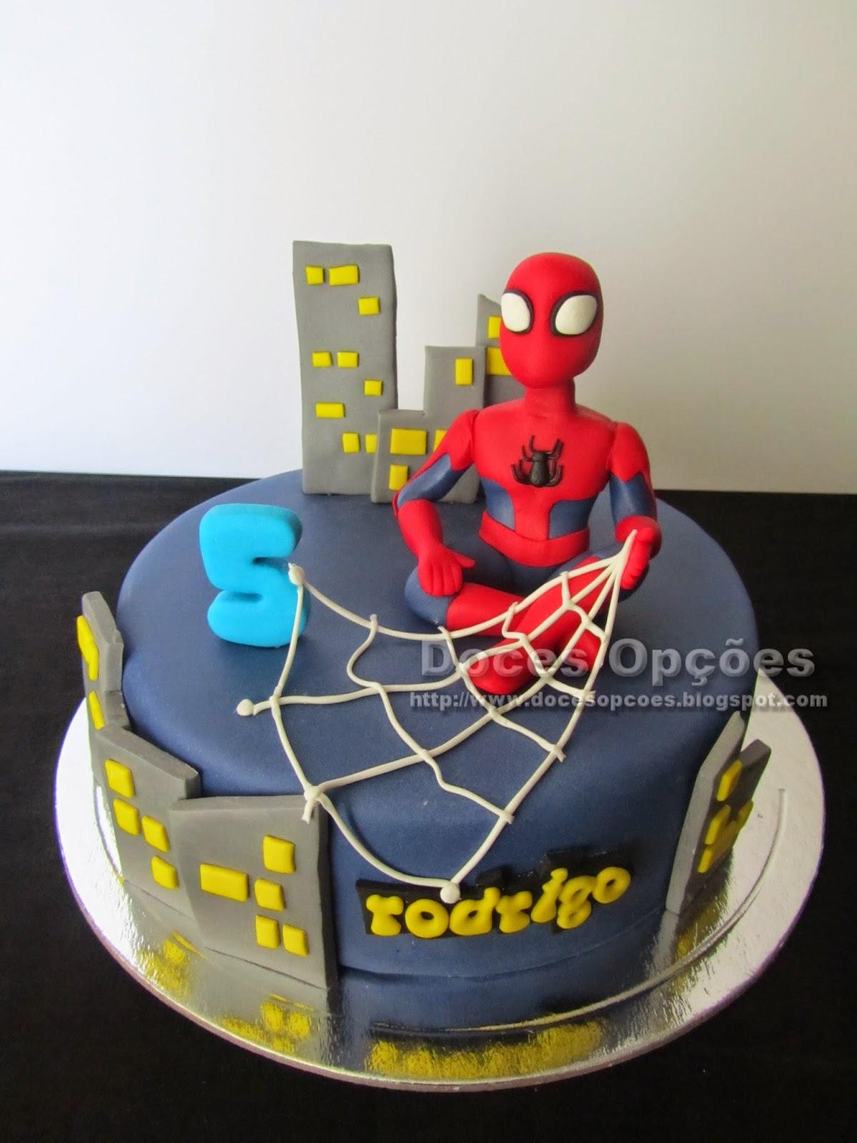 O Homem Aranha no aniversário do Rodrigo