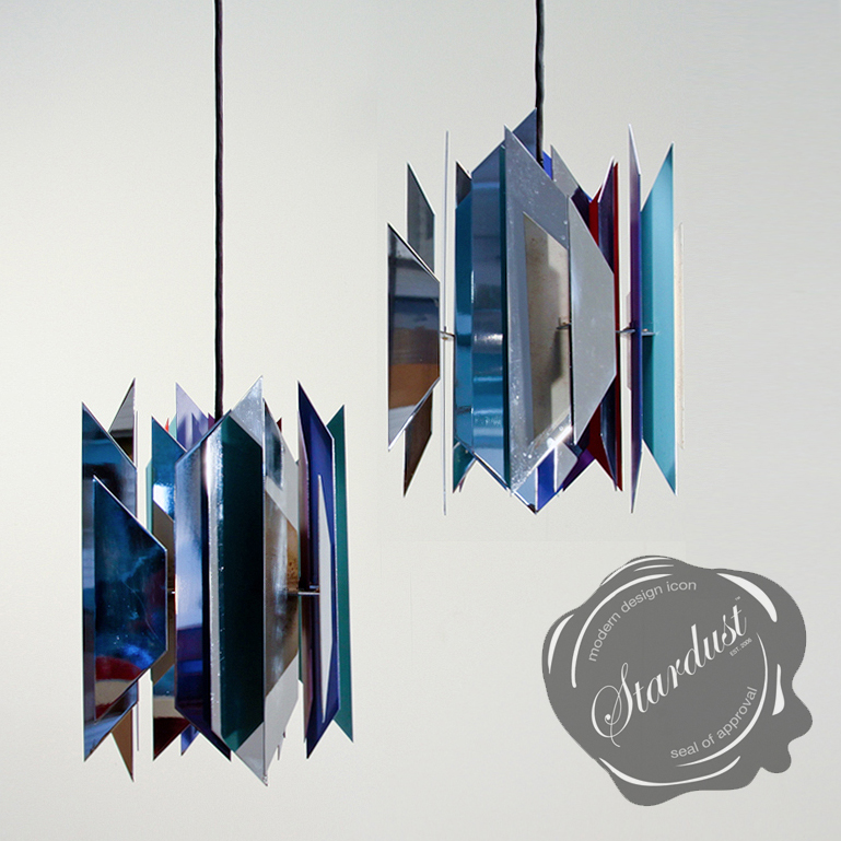Modern simon henningsen 39 s hanging pendant light tivoli for Divan 1 tivoli