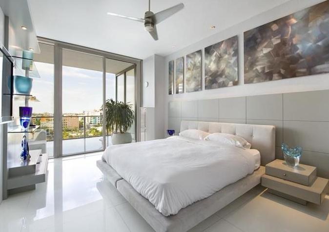 Casas De Decoracion En Miami ~ contempor?nea, en tonos blancos y grises y ligeramente rayando en