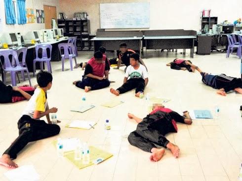 Kerasukan - 70 Pelajar Diserang Histeria