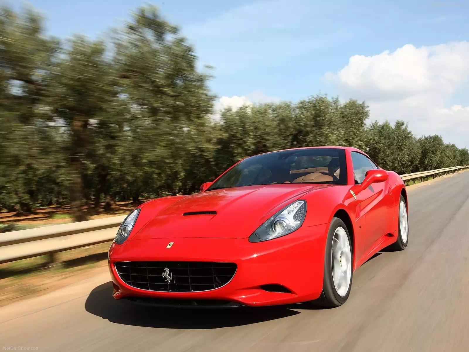 Hình ảnh siêu xe Ferrari California 2009 & nội ngoại thất